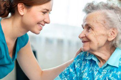 Betreuungsassistent für die Alltagspflege